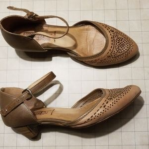 Pikolinos Mary Jane Flats size 38 for TLC